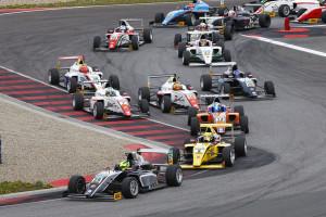 Motorsports: ADAC Formel 4 Oschersleben