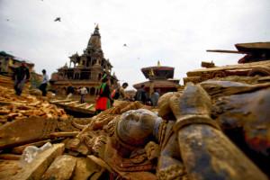 Sisma Nepal, migliaia di vittime e la terra torna a tremare