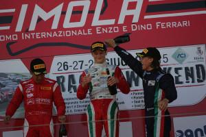 Joao Vieira festeggia il podio di Imola