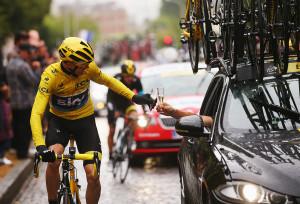 Chris Froome and Jaguar Celebrate Tour de France victory