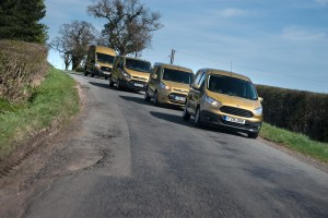 151090_Ford_Transit_Golden_Convoy_05