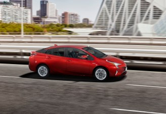 toyota-new-prius-the-rebirth-of-the-pioneer-prius_23_sept2015