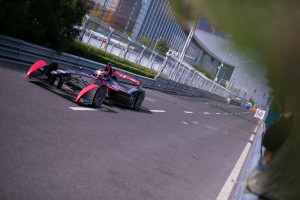 DS_VIRGIN_RACING_05