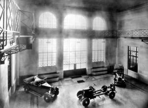 Milano , stabilimento Società Anonima Italiana Automobili CitroÎn (SAIAC) tra il 1924 e il 1940 , Salone esposizione