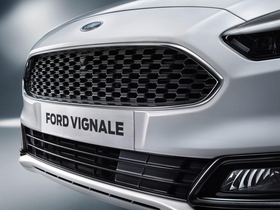 FordGeneva2016_S-MAX_Vignale_tp_03