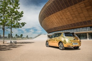 Nissan LEAF golden_01