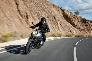 P90203071_highRes_the-new-bmw-r-ninet-