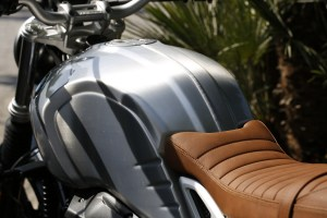 P90227725_highRes_the-new-bmw-r-ninet-