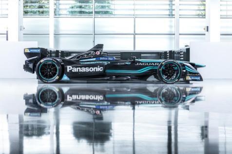 the-panasonic-jaguar-racing-i-type-formula-e-car-1