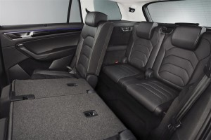 media-06_Kodiaq_rear_seats04_3rd_row