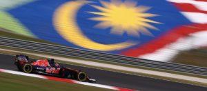 2016-formula1-malaysian-gp-free-practice-kvyat-cov4