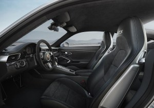911 Carrera 4 GTS