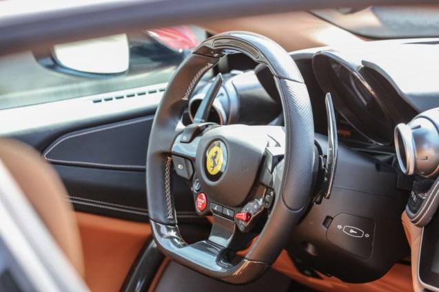 170125-car_GTC4LussoT-detail
