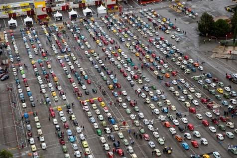media-SEAT Guinnes World Record - Oltre 600 SEAT 600 in fila (10)