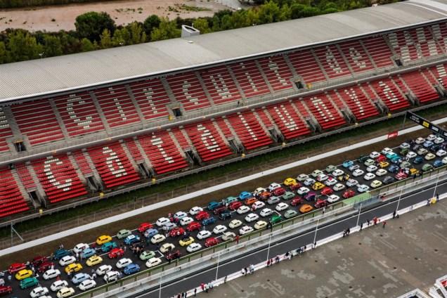media-SEAT Guinnes World Record - Oltre 600 SEAT 600 in fila (8)