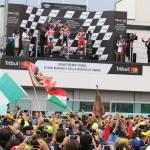 podio motogp folla