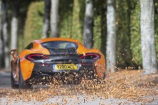 8584-McLaren+Winter+Tyres+271117_04