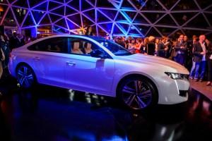 Peugeot_Lanterna_2018_Hi_1079