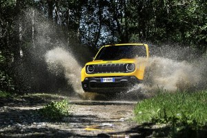 180620_Jeep_New-Renegade-MY19-Trailhawk_02