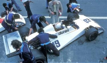 1976_Surtees_TS19_Ford_Alan_Jones_BEL01