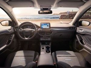 FORD_2018_FOCUS_ACTIVE__11