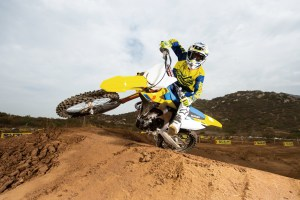 rm-z250-2019-action-17
