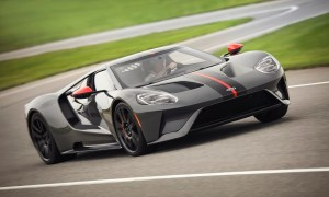FORD GT CARBON 2