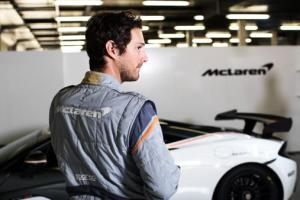 bruno_senna_wears_the_sparco_mclaren_sp16_race_suit_-_back_-_mclaren_570s_gt4