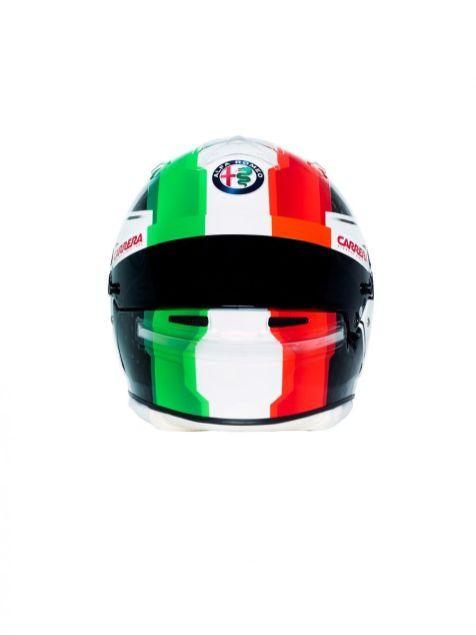 190218_Alfa-Romeo-Racing_Helmet-Antonio-Giovinazzi_03