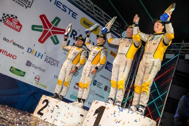 Opel-Rally-presentation-ceremony-505030