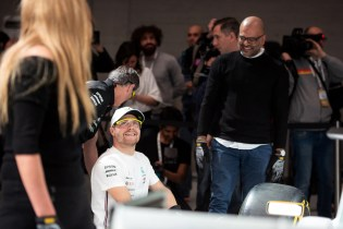 PETRONAS_InnerCoolEvent_Valtteri Bottas competes in the Pit Stop challenge_220219_LR