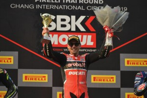 alvaro-bautista-on-the-podium-of-worldsbk-race-2