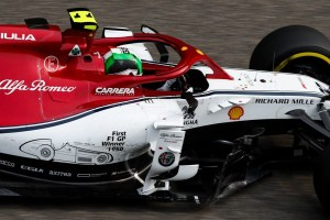 giovinazzi 190414_2019_Chinese_Grand_Prix_-_Alfa_Romeo_Racing-8