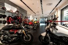 Ducati Roma_03_UC73556_High