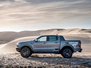 2019_FORD_RANGER_RAPTOR_CONQUER_GREY_003