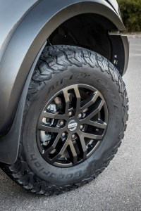2019_FORD_RANGER_RAPTOR_CONQUER_GREY_092
