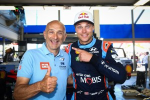 Gabriele_Tarquini_Hyundai_i20_Coupe_WRC (2)