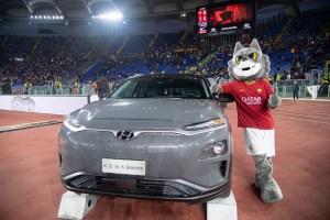 Hyundai Kona Electric #TifoPulito Mascotte
