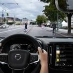 New Volvo XC40 – City Safety