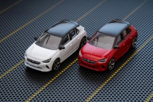 Opel-Corsa-Toy-Car-509798