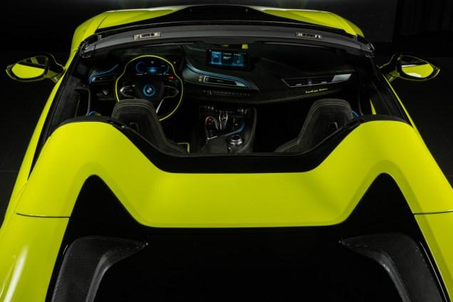 P90378318_highRes_bmw-i8-roadster-lime