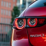 Mazda3-Skyactiv-X_Detail_HB_soul_red_crystal-5