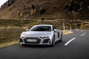 media-Audi R8 V10 RWD Coupé_003