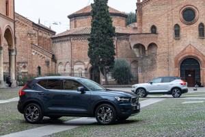 Volvo XC40 Recharge Test Drive – T5 PLUG-IN HYBRID GLACIER SILVER – STATICHE