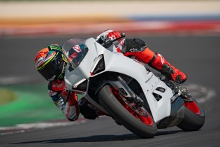 DUCATI_PANIGALE_V2_AMBIENCE _8__UC174105_High