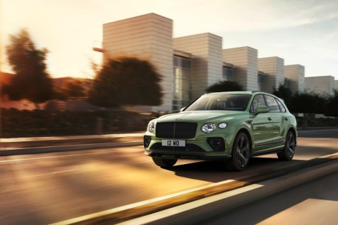 new-bentayga-alpine-green-1