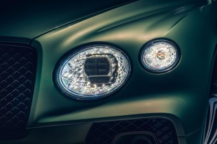 new-bentayga-alpine-green-10