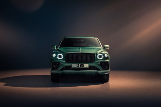 new-bentayga-alpine-green-6