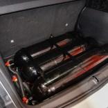 Sotto il piano di carico sono state installate 3 bombole per una carica di metano corrispondente a circa 14 kg