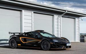 McLaren 620R_MSO R-Pack_Full Vehicle_01